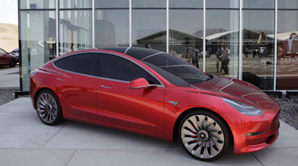 テスラ、普及車Model 3を7月より生産開始、9月に本格化へ。2018年には全車種計50万台を目指す