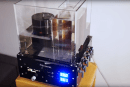 Clever photog builds a fully-automatic photo processor