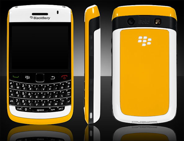 Like clockwork, BlackBerry Bold 9700 gets ColorWared
