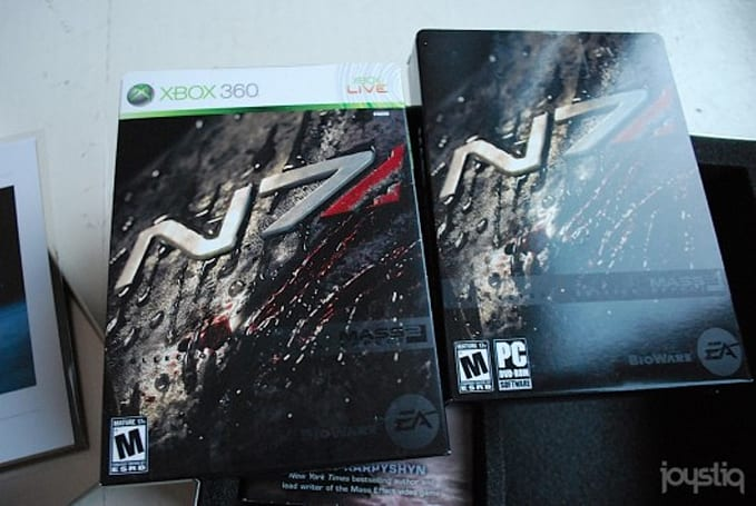 12 Days of Joyswag: Mass Effect 2 tin, with games, books, and a print!
