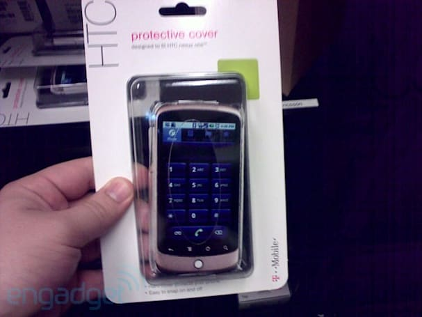 T-Mobile warming up to Nexus One in retail stores, starts offering covers
