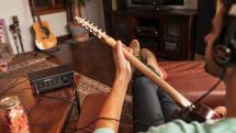 ヤマハ、ギター用卓上マルチエフェクト AMPLIFi TT を国内発売。200種類以上の音色で演奏・録音