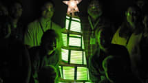 GE builds an OLED Holiday Tree, makes mistletoe out of disused RAM