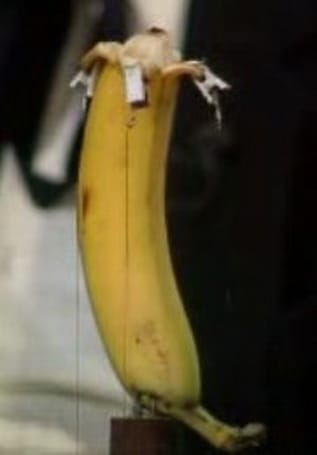 Automatic banana peeler operates in low gear