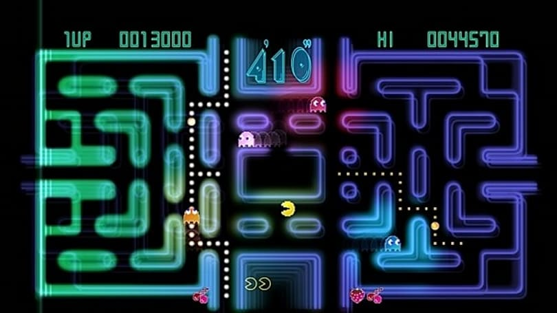Pac-Man Championship Edition following the dots to iPhone