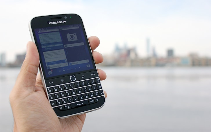 BlackBerry bids farewell to its hardware past by acquiring Good