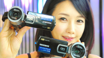 Samsung launches Switch Grip QF20 WiFi camcorder, shoot with both guns