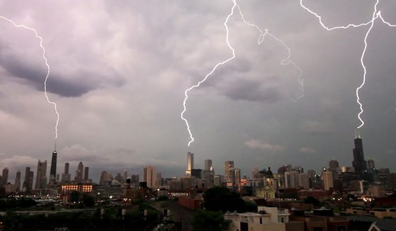 Lightning strikes over Chicago captured in stunning slow motion video