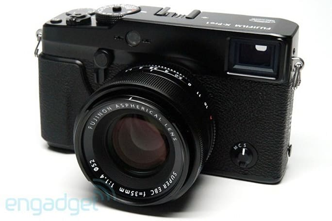 Fujifilm updating firmware on X-Pro 1, X-E1 cameras for better focus