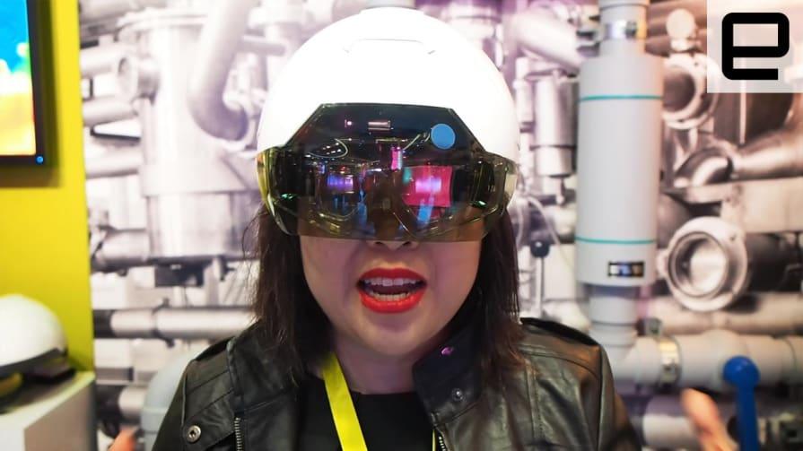Intel's Daqri Smart Helmet: Hands-on CES 2016