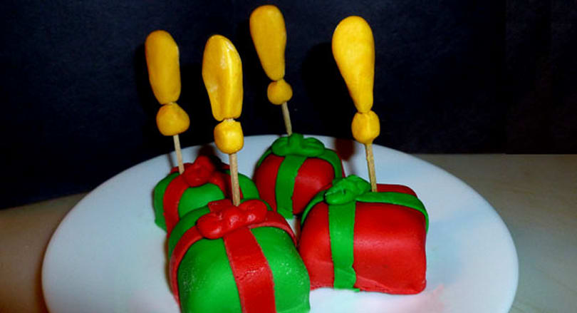 Bake up some Carefully Wrapped Presents for a Winter Veil treat