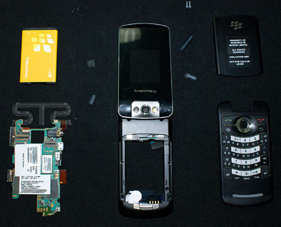 RIM's BlackBerry Pearl Flip 8220 endures old fashioned tear down