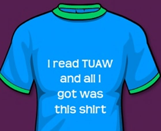 TUAW Back-to-School Giveaway The End: TUAW T-shirt and more