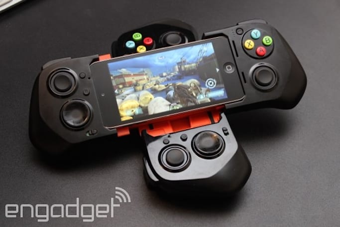 A better, yet more cumbersome iOS 7 gamepad: hands-on with the MOGA Ace Power