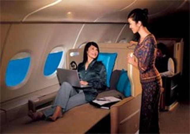 In-flight calling and texting coming to Singapore Airlines in 2011