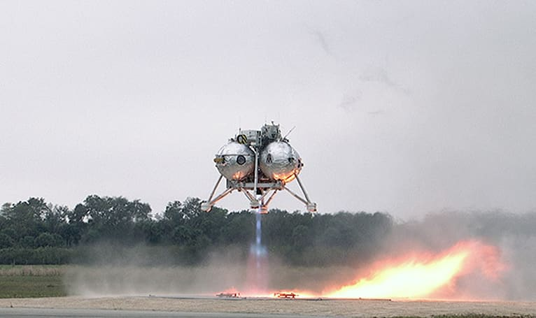Watch NASA's Morpheus take to the air - then make a smooth landing