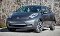 Nissan knocks $6,400 off Leaf sticker price, sells S model for $28,800