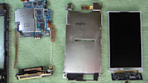 Samsung Instinct gets disassembled, with instructions!