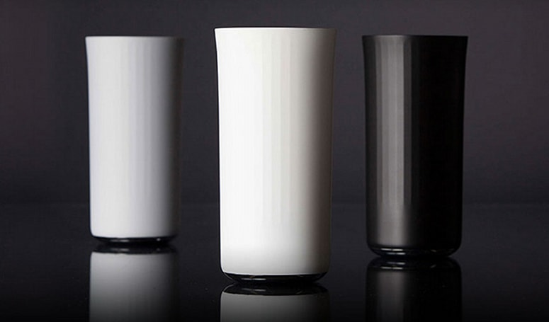 The Vessyl smart cup knows how many calories are in your favorite Pinot