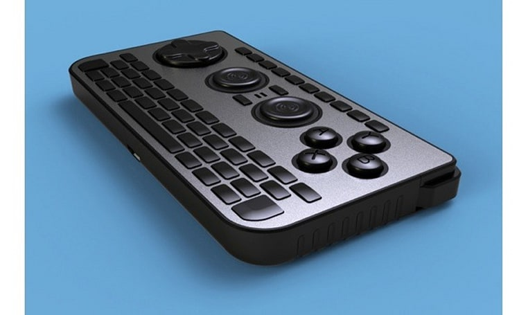 iControlPad 2 gets funded, adds QWERTY keypad and smartphone mount