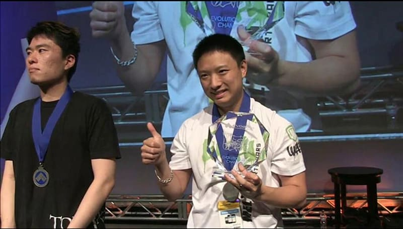France's MD|Luffy wins EVO 2014 grand finals with a PS1 controller