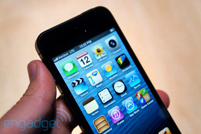 Apple confirms iPhone 5 won't do simultaneous voice and LTE data on CDMA networks