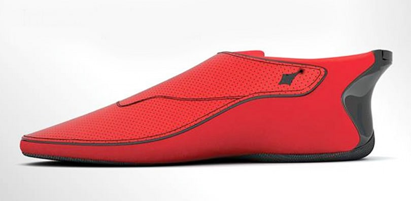 These smart shoes vibrate to point you in the right direction
