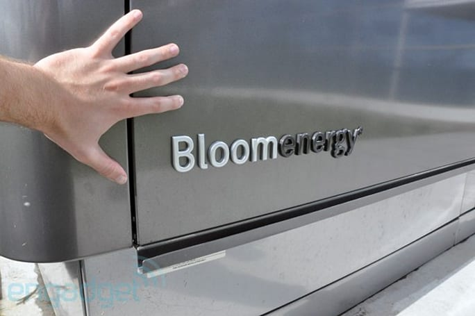 Bloom 'Box' Energy Server hands-on (literally) with video!