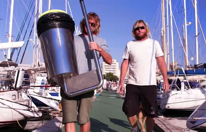 Automatic garbage bin promises to clean the oceans