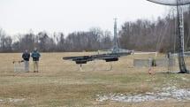 米陸軍がホバーバイク試作機の飛行デモを公開。目標は「30分以内に補給物資を配達する戦場のアマゾン」