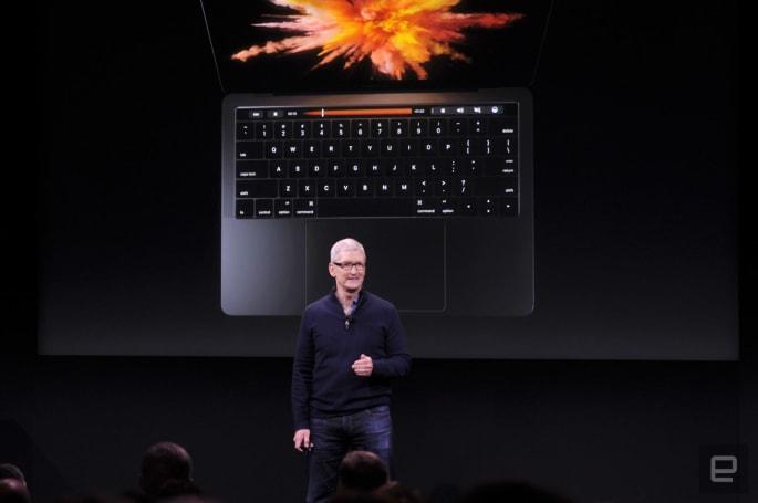 新 MacBook Pro 瘦身登场,配备 OLED Touch Bar