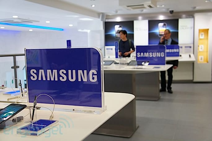 Apple has Apple Stores, Samsung has... this!