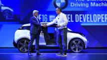 Intel 新設自駕車技術事業群