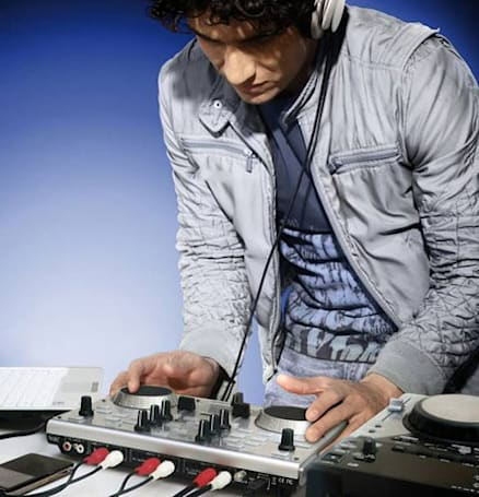Hercules supports diminutive scratchers with two-deck DJ Console Mk4 controller