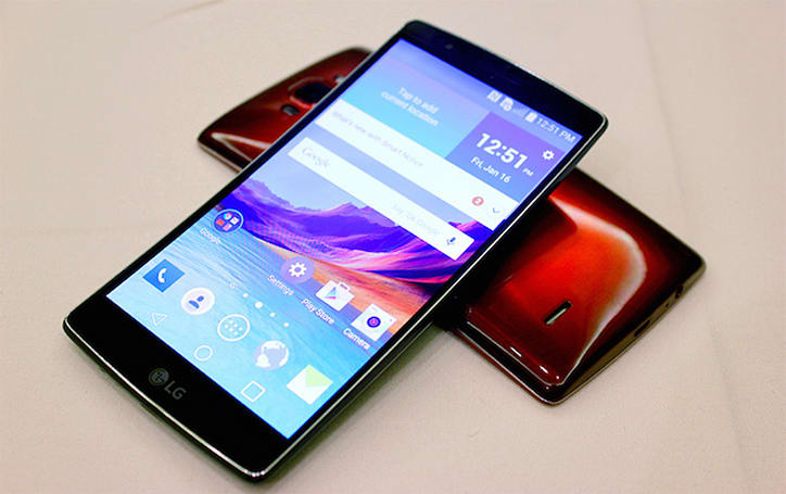 LG's bendy G Flex 2 hits Korea this month