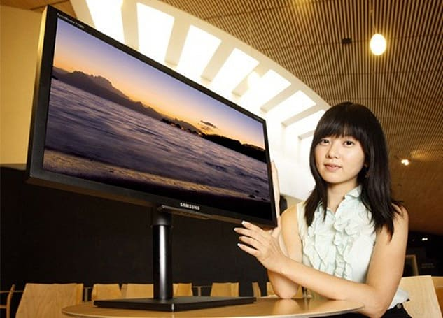 Samsung's SyncMaster 80 series LCD monitor stands above the rest