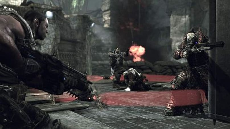 Joystiq plays Gears of War PC