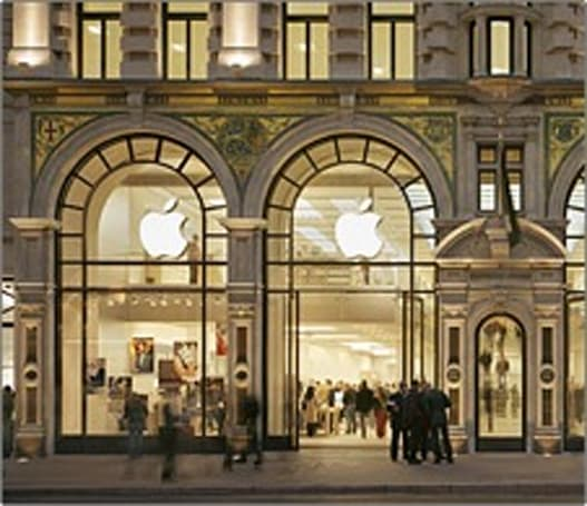 Regent Street Apple Store welcomes 10 millionth visitor