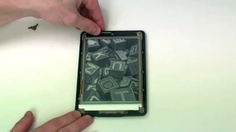 Amazon's Kindle Paperwhite gets torn-down, promptly put back together (video)