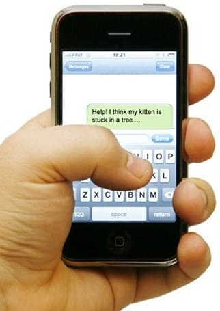 Iowa 911 call center now accepting texts; Twitter and Facebook status updates can't be far behind