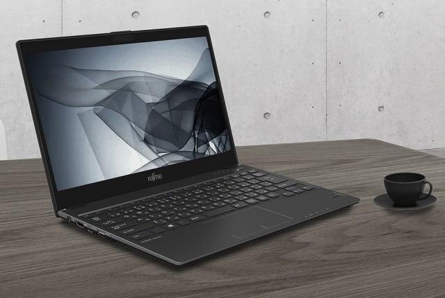 富士通发布「世界最轻量 13.3 吋笔记本」,重仅 777g