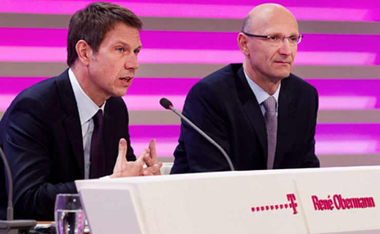 Deutsche Telekom chief says T-Mobile USA merger still an option, sweeps full sale off the table