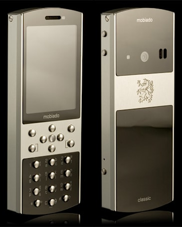 Mobiado's 712ZAF yet another way to rid yourself of bothersome $100 bills