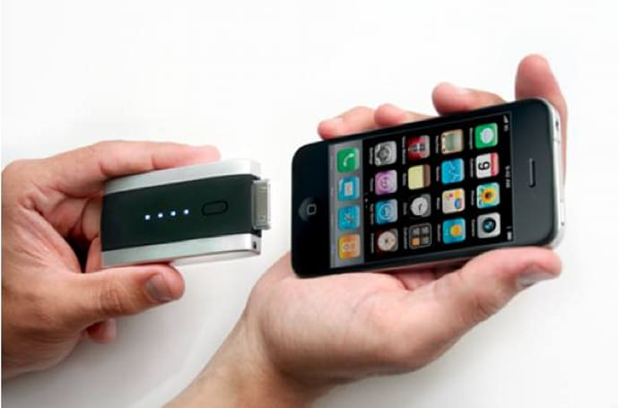Mophie Juice Packs for iPhone 4, iPad en route to Apple Store
