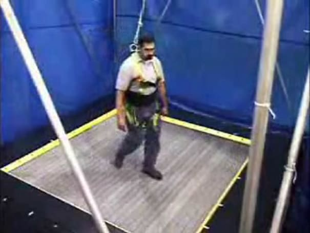 Omni-directional treadmill could put you in the game