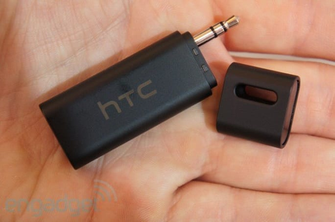 HTC Car StereoClip hands-on