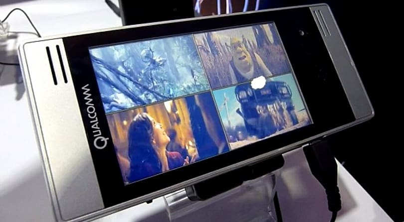Qualcomm's 7x30 offers stellar 3D and multimedia performance, coming this year (video)