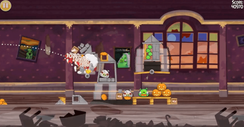 Angry Birds Seasons calls out the Haunted Hogs