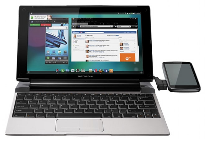 Lapdock 100 brings a Webtop IQ boost to Moto phones on Verizon, Sprint, and AT&T
