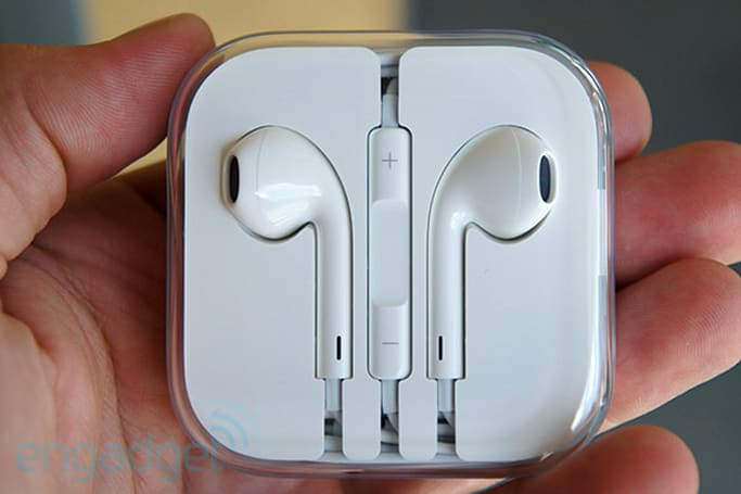 Apple EarPods hands-on